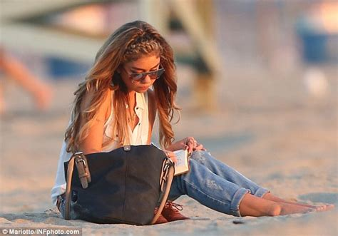 sarah hyland takes out her modern family s sarah hyland alone as she reflects on ex