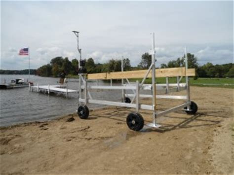 lifting pontoon boat off trailer starr lifts great lakes entry systems