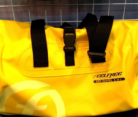 Travel Bag Converse Warna Kuning tas travel waterproof feelfree duffel tas kamera