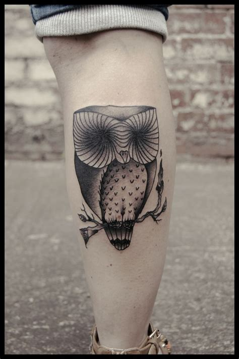owl thigh tattoos owl on leg design of tattoosdesign of tattoos