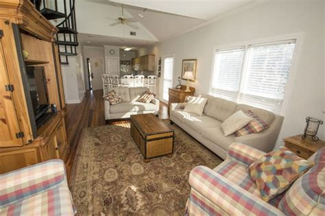 clubhouse feel 4 bedroom sleeps 10 and up to 12 houses links clubhouse 16 2br condo near golf vrbo