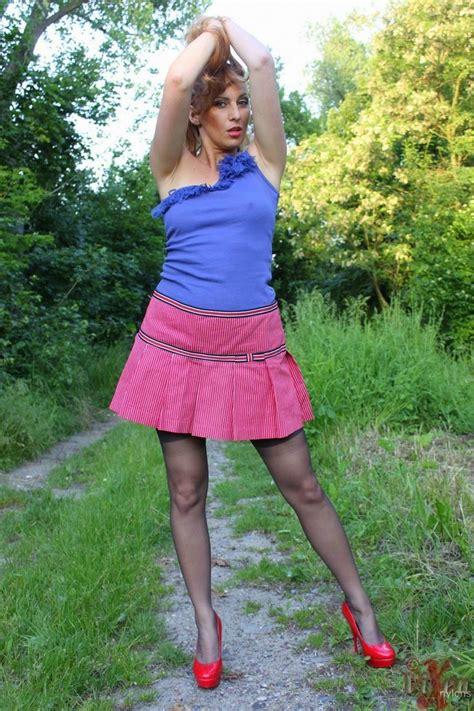 Flush Nulon outdoor girdle flash girdles