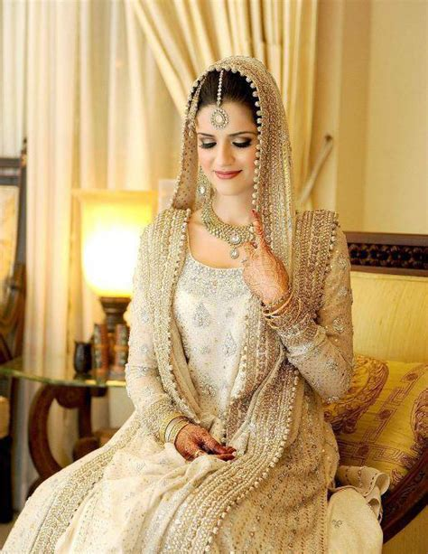 latest colours combination wedding dresses pakistani