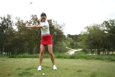 golf swing or hit golf instruction how to hit a punch shot golfpunkhq