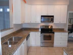 St Cecilia Light Granite Kitchens Granite Granite Colors Santa Cecilia
