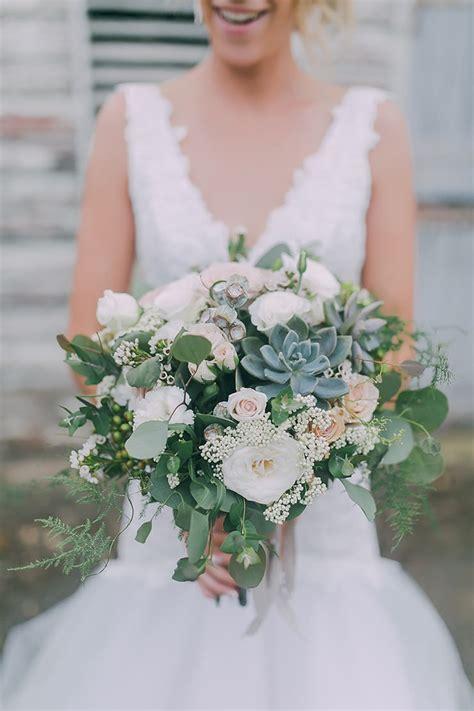 groen en wit trouwboeket  white