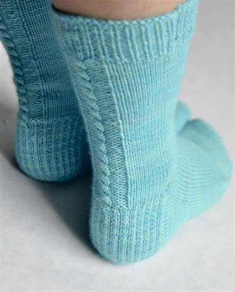 Modèles Chaussettes Tricotées mod 232 le chaussette tricot simple