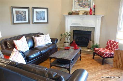 arrange furniture   room   corner fireplace