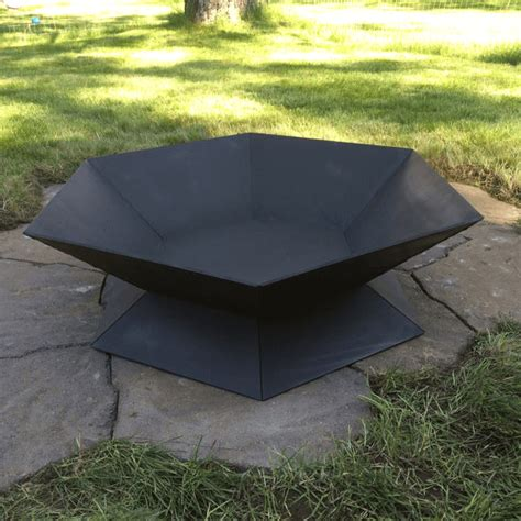 Metal Fire Pits Insteading Metal Firepits
