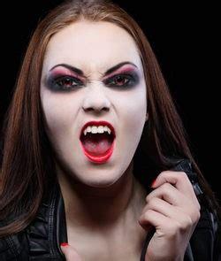 imagenes de ojos halloween maquillaje de ojos para halloween bekia belleza