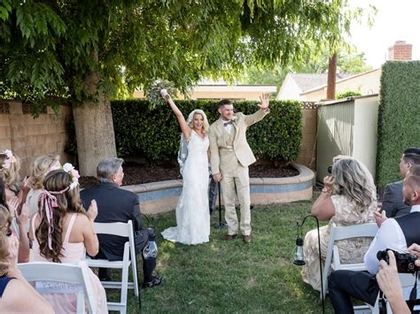 wedding in backyard a rustic and romantic backyard wedding