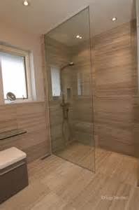Master Baths With Walk In Showers curbless limestone shower c 233 ramiques hugo sanchez inc