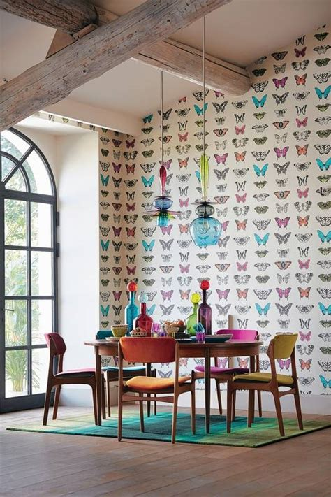 how to decorate with pictures how to decorate small spaces with high ceilings