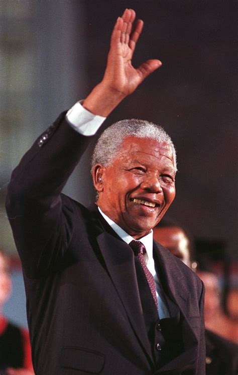 i need the biography of nelson mandela nelson mandala prison before quotes quotesgram