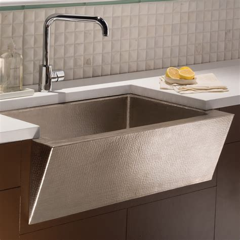 Modern Kitchen Sinks Zuma Farmhouse Kitchen Sink Trails
