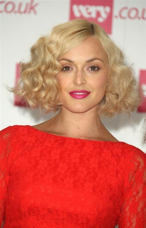 best hair curling tool 2015 for medium length hair 15 of the best hairstyles for medium length curly hair