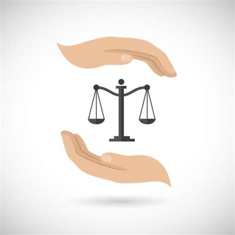 Imagenes Animadas De Justicia Gratis | justicia dos manos y una balanza descargar vectores gratis