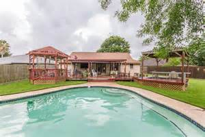 homes for in galveston tx galveston county tx real estate and homes for