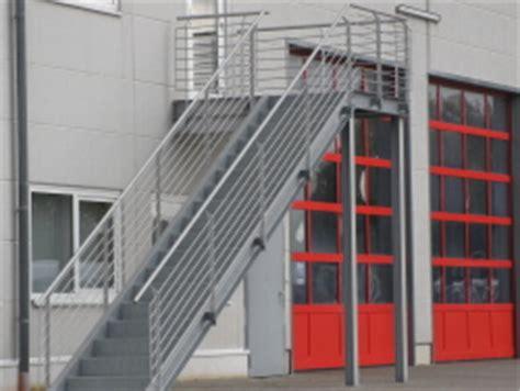 Putz Für Innen by Stahltreppe F 195 188 R Den Au 195 ÿenbereich Einer Halle