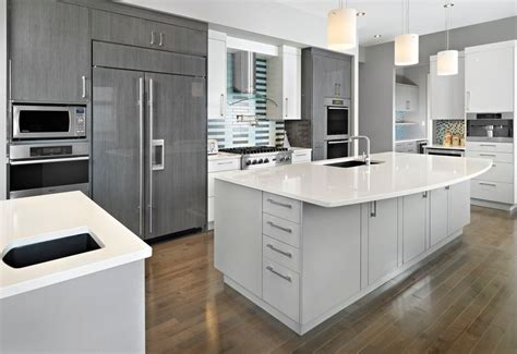 grey kitchen insel 20 stylish ways to work with gray kitchen cabinets