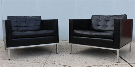 pair cartwright armchairs at 1stdibs