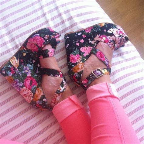 Wedges N Bunga Flower Floral 1 floral print wedge sandals forever21 2022675569