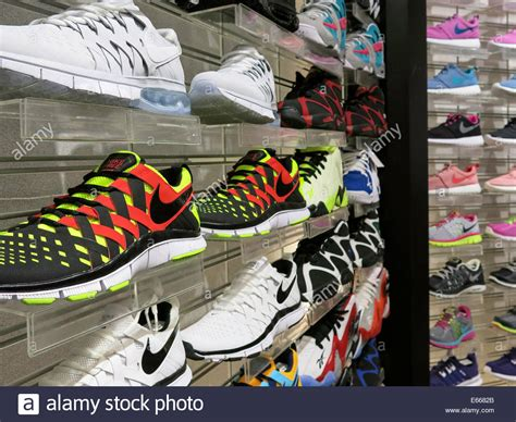 nike athletic shoes chs sports in the