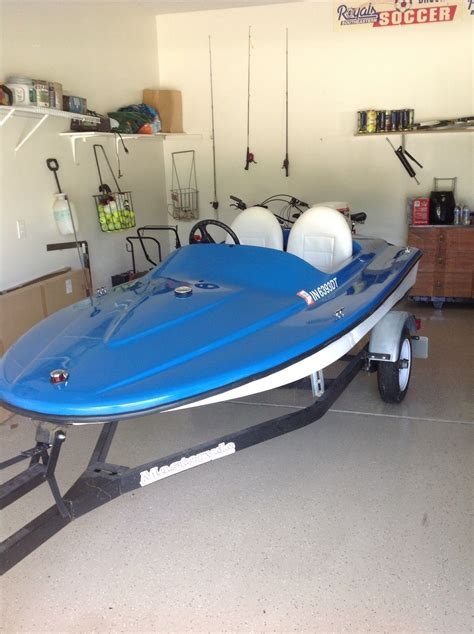 addictor mini boat exhilarator 101b mini speed boat 2011 for sale for 2 700