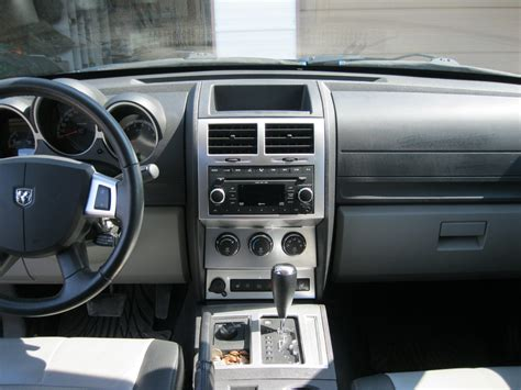 Dodge Nitro 2007 Interior by 301 Moved Permanently