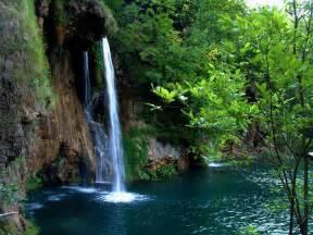 beautiful waterfalls handycore beautiful waterfalls wallpapers