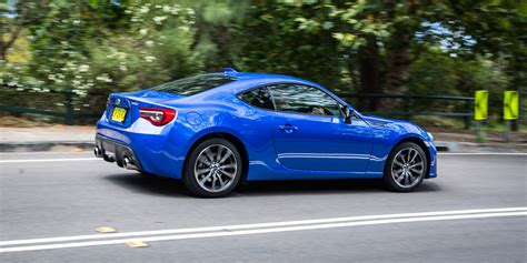 toyota subaru 2017 2017 subaru brz vs 2017 toyota 86 compare cars autos post