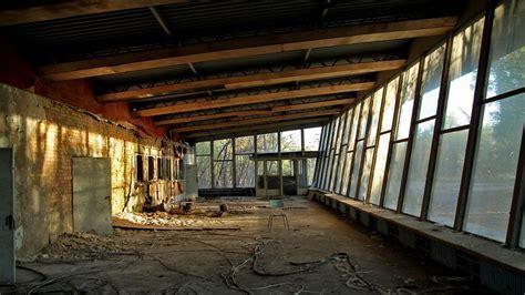 Pripyat chernobyl bus station wallpaper   (22963)