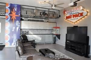 Cheap 2 Bedroom Apartments In Chicago a cave for the modern man 9 sophisticated ideas modernize
