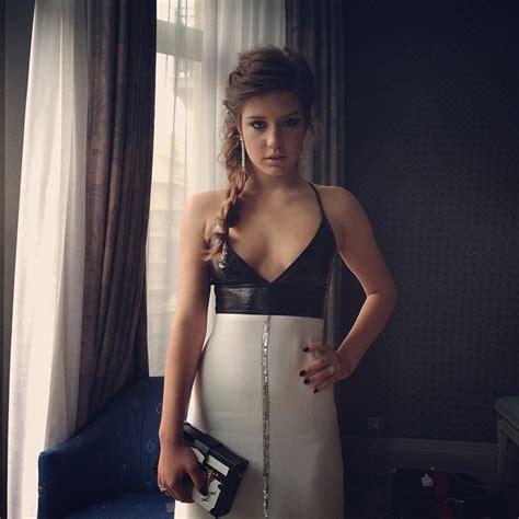 lea seydoux on instagram cannes les robes de l 233 a seydoux jos 233 phine japy alice