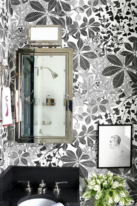 small bathrooms design ideas    decorate small