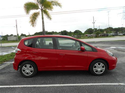 2013 honda fit base hatchback 4 door 1 5l