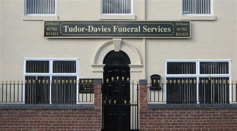 tudor davies funeral services burslem stoke on trent
