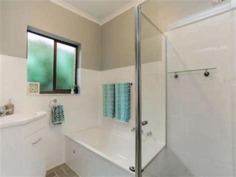 Bathroom Kitchen Resurfacing Adelaide Amazing Bathroom And Kitchen Makeovers Bath Resurfacing