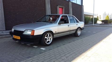 1985 Opel Rekord Photos Informations Articles