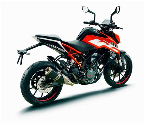 Top Speed Ktm Duke 125 Ktm 125 Duke Specs 2017 Autoevolution