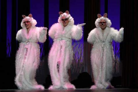 Three Blind Mice Shrek The Musical 3 blind mice shrek the musical