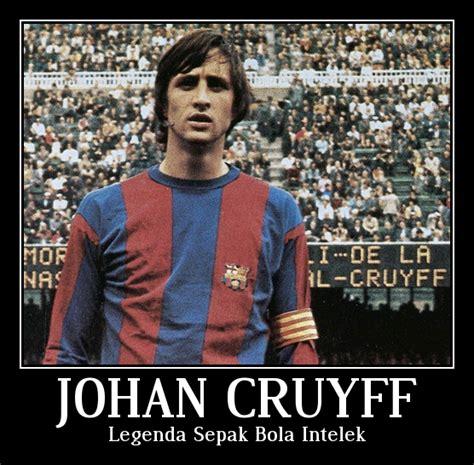 johan cruyff legenda sepak bola intelek oleh iwan permadi
