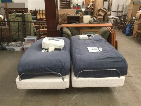 comfort sleep beds pair of precision comfort sleep number beds with remotes and