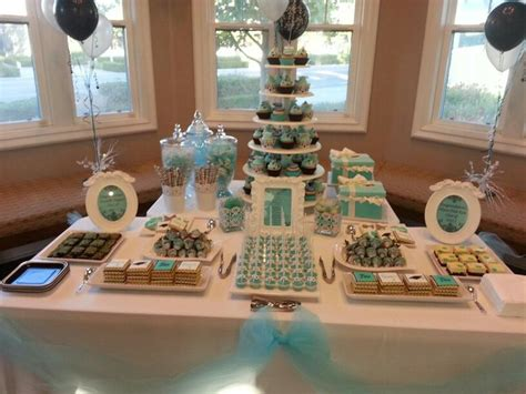 Graduation Party Table Decorations 18 Best Images About Graduation Ideas On Pinterest Grad