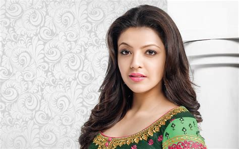 kajal agarwal sweet themes south actress kajal agarwal sweet look in saree pictures