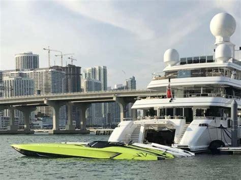 lamborghini speed boat top speed lamborghini aventador sv comes with a matching speedboat