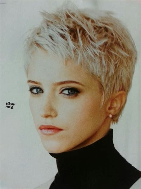 spiked crown with bob cut and long bangs best 25 spiky short hair ideas on pinterest short spiky