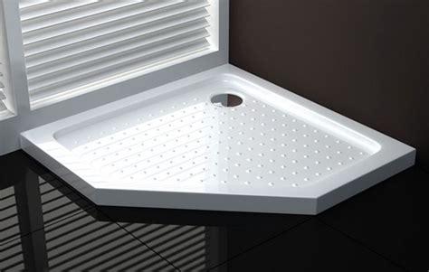 piatti doccia particolari modelli di piatto doccia in ceramica il bagno piatto
