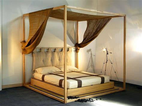 letto a baldacchino in legno letto tatami in legno a baldacchino yasumi letto a