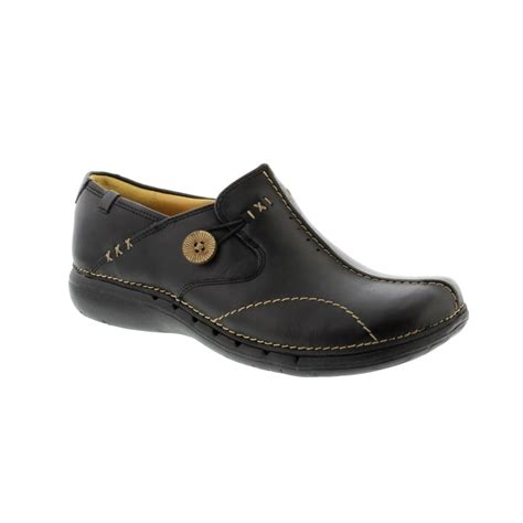 clarks un loop black leather womens from bells shoes uk